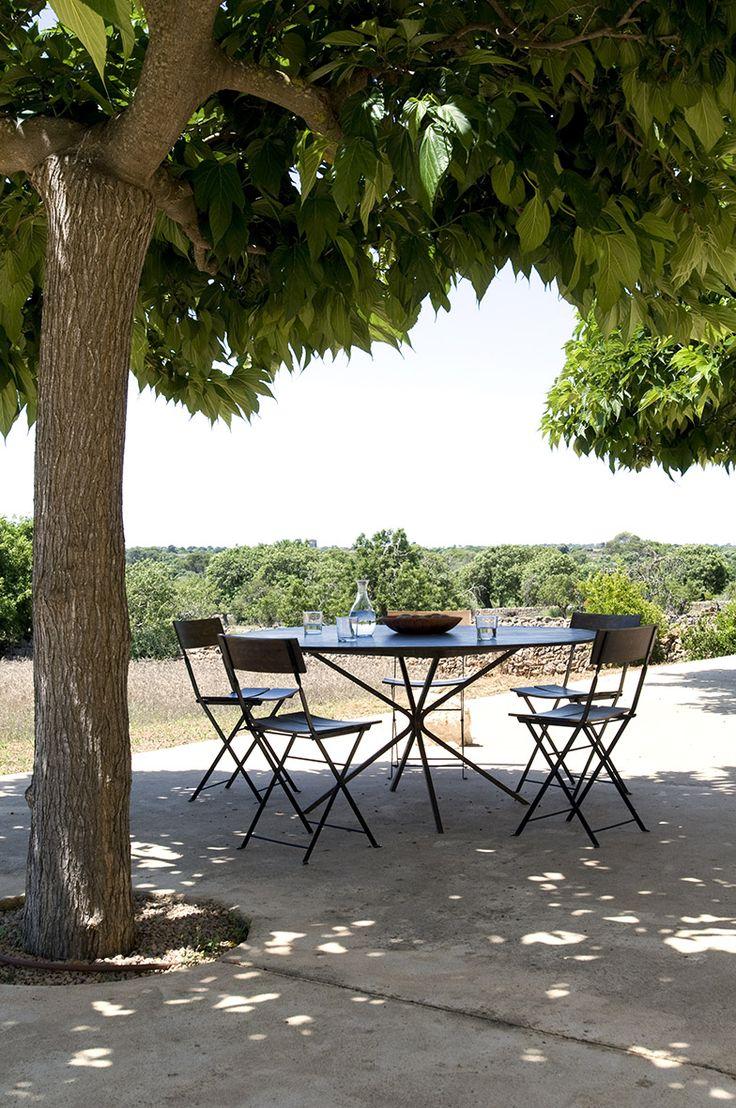 Breakfast at Alberto Lievore's summer home in Mallorca