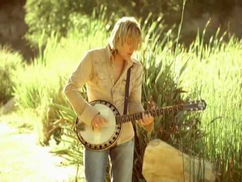 Keith Urban - Somebody Like You >> From Facebook today... KU has great lyrics... No wonder you dig him so much... oh yeah, and he's hot too... right? ;-)