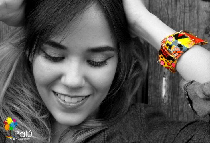 Pulsera Pintada a Mano ENVIOS NACIONALES Info: Whatsapp 3005798722 Pin: 7A7A2416 #artesanal #colombiano #aretes #reciclado #reutilizado