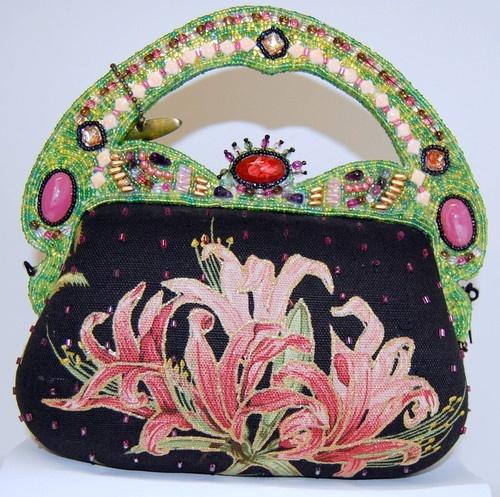 Stunning Vintage Retired Mary Frances Handbag Purse W Lily Tag