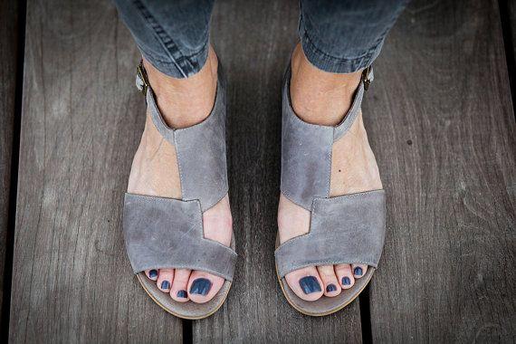 30% Sale Uma Grey Leather Sandals Grey Sandals Flat by abramey