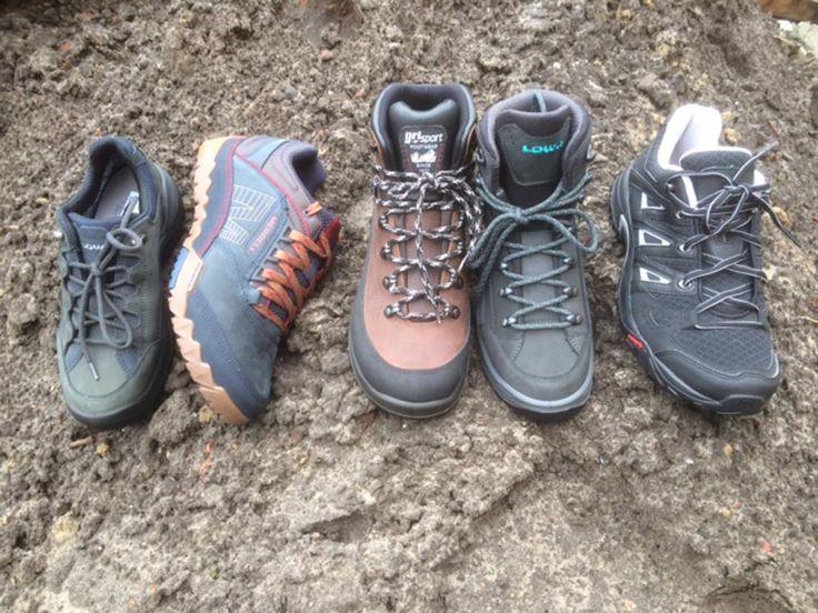 Heb je je voorgenomen om meer te bewegen dit jaar en ga je daarom regelmatig een flinke wandeling maken? Met goede wandelschoenen –ook wel bergschoenen genoemd- maak je die voornemens waar. Zere of vermoeide voeten kun je dan in ieder geval niet meer als excuus gebruiken. Lees onze tips voor de aanschaf van wandelschoenen. http://www.vanmeerschoenen.nl/nl/blog/de-paden-op-de-lanen-in/