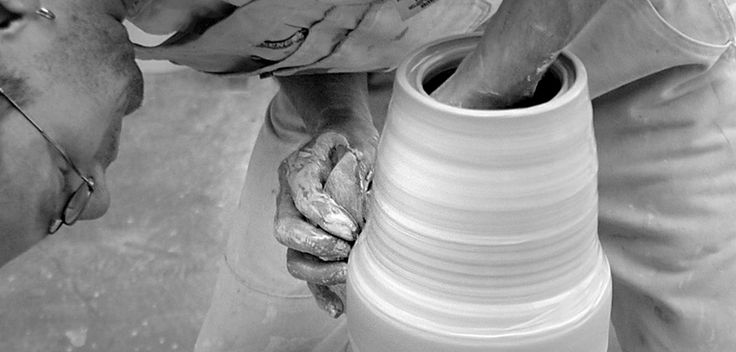 Ceramics is a part of the FormLab subject at Engelsholm.