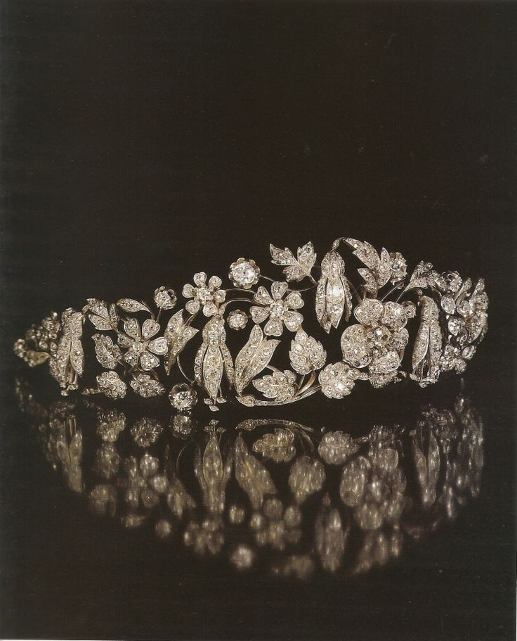 Thurn und Taxis Fuschia Floral Tiara, circa 1845, possibly by Vienna jeweller Köchert. Formerly of the Hanoverian Royal Family, but sold at auction by the family.