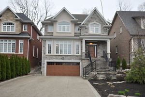 Executive Home Loaded with Features Backs Ravine/Creek $2100000