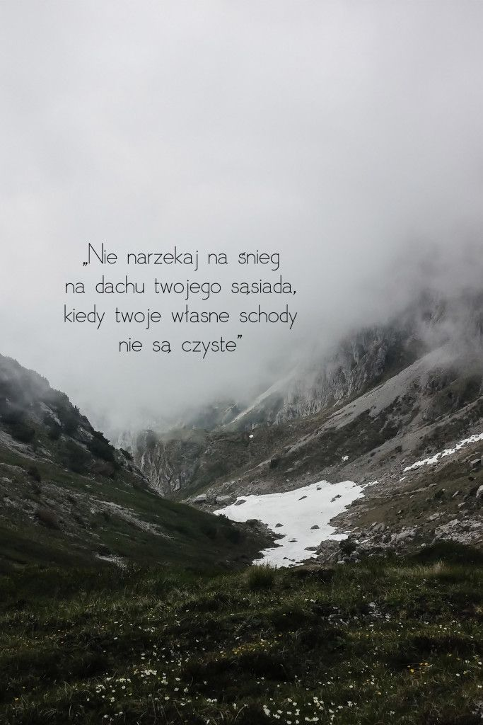 38. Zamiast potępiać ludzi spróbujmy ich zrozumieć. - tapeta na pulpit. - simplife.pl