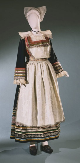 Wedding ensemble for a French woman from Pont-Aven, Brittany, c. 1840.
