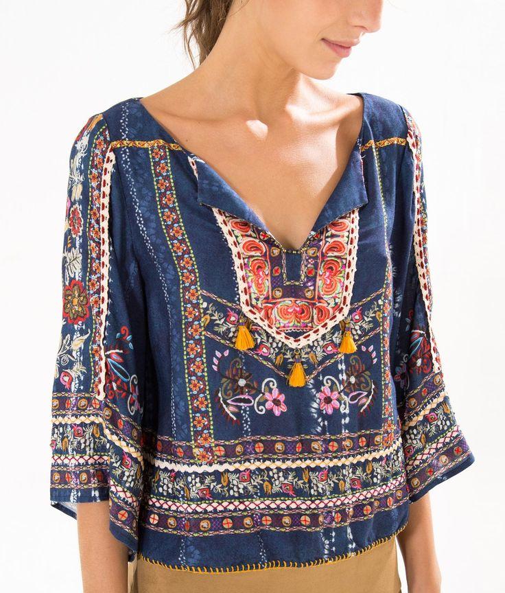 blusa bordada cirandeira