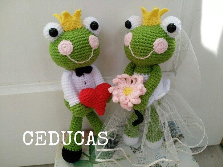Ranas enamoradas de boda