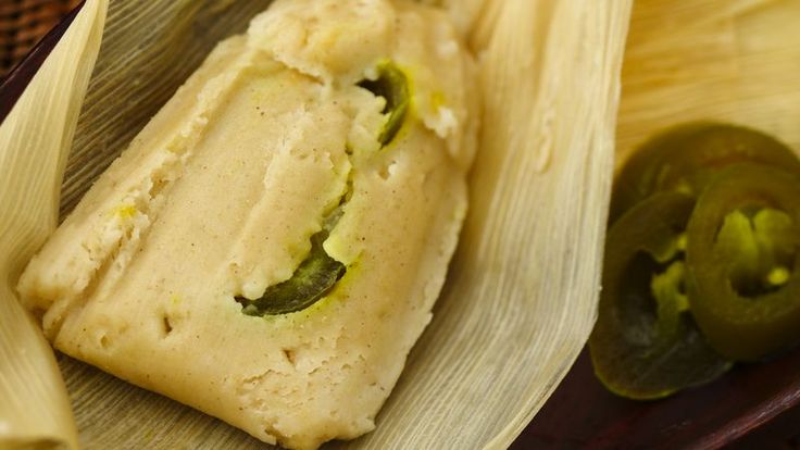 Filled with cheese from Oaxaca Mexico, sautéed onion and sliced jalapeño chiles , these vegetarian tamales have lots of flavor.