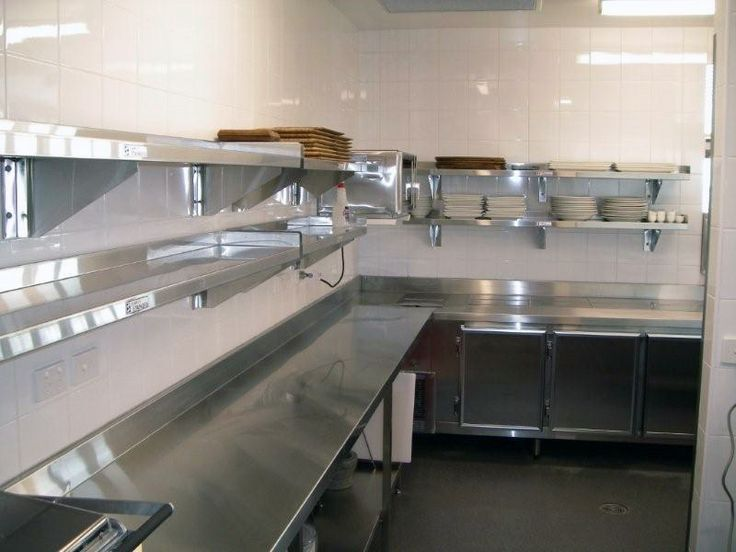 Restaurant Kitchen Design Ideas www.stainlesssteeltile likes the small commercial kitchen