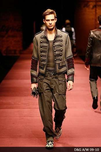 More from that Gucci show. You've got to be fabulous to rock this.