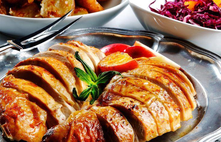 Nyttårskalkun med stekte poteter og rødkålsalat