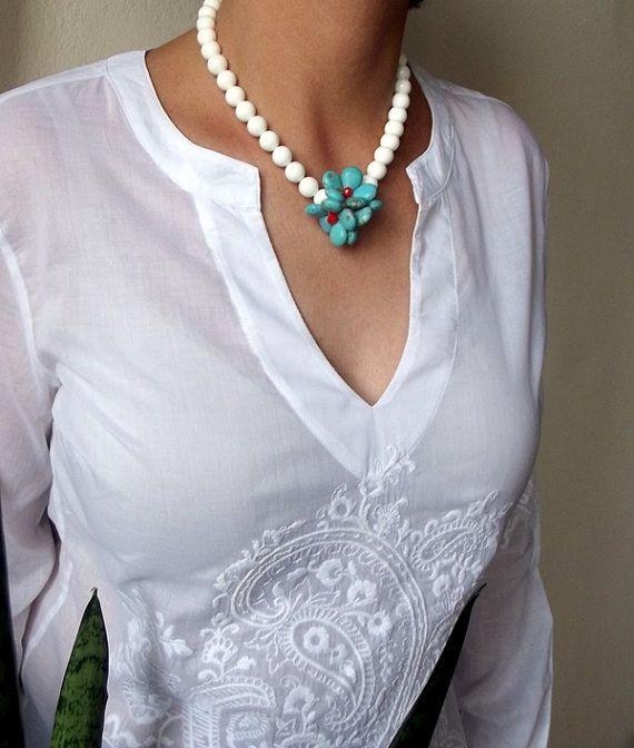 Gioielli Shell Collana, collana in turchese, tendenze primavera, fiori turchesi, regalo, gioielli donna, blu, bianco