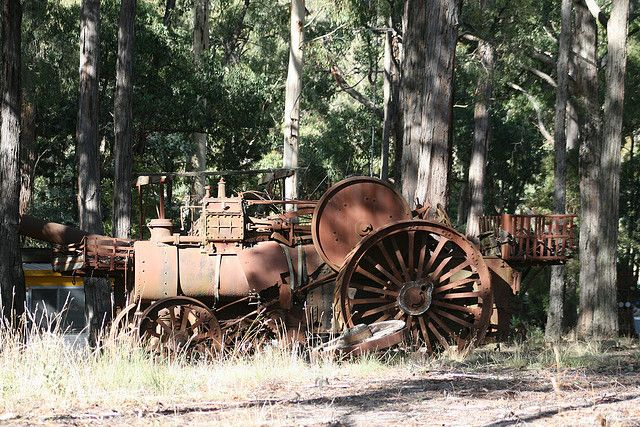 old steam engines | Old Traction Engine - Steam Engine - Tractor - Daylesford | Flickr ...