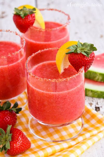 Frozen Strawberry Watermelon Lemonade - I wonder what raspberry would taste like instead of strawberry (: