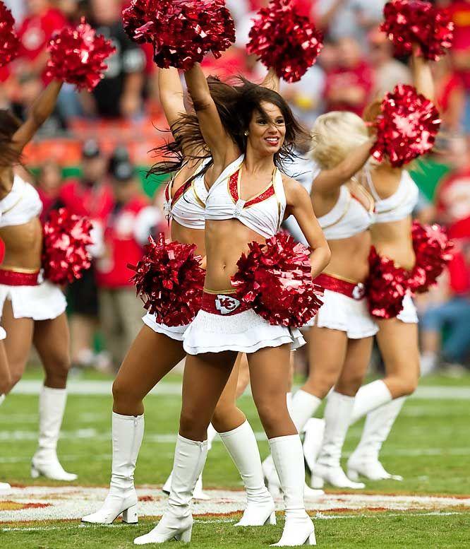Kansas City Chiefs Cheerleaders | Kansas City Chiefs - NFL Cheerleaders: Week 2 - Photos - SI.com