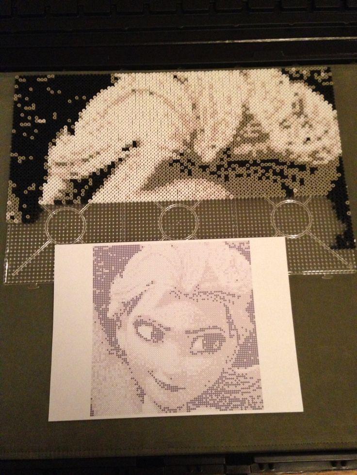 Making of Elsa • perler beads • pixel art - Pattern by Sebastien Herpin