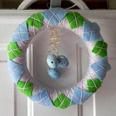 Spring-y Argyle Wreath - Mad in Crafts: Argyle Wreaths, Spring Argyle, General Crafty, Spring I Argyle, Spring Colors, Easter Wreaths, Spring Wreaths, Wreaths Ideas, Springi Argyle