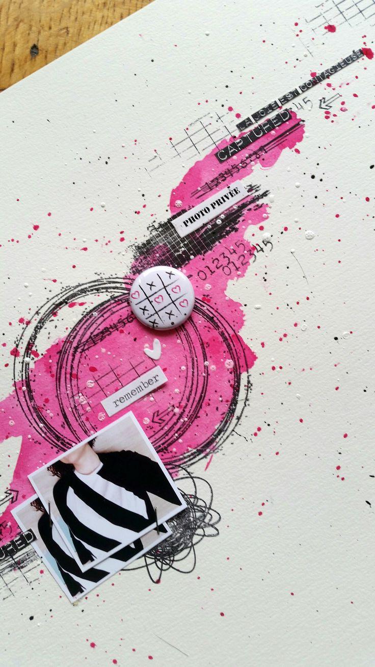 Page Patouille de Melissandre pour le blog freestyle , fond de page encre tampons badges collection Girly