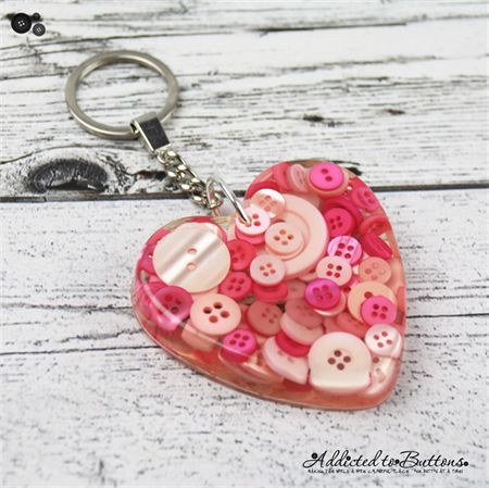 HEART - Resin Keyring - Pink Buttons - Bag Tag - Luggage Identifier (diy resin ring handmade jewelry)