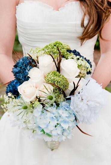 ウエディング ブーケ Gorgeous blue and green bouquet.... Substitute the green for the white