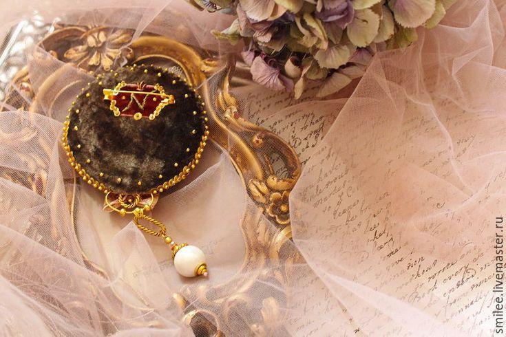"""Купить Вышитая брошь """"Праздник который всегда с тобой """" - разноцветный, барокко, украшение с розами"""