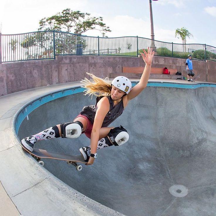 NOCTURNAL ABSTRACT 222 Skate girl, Skateboard