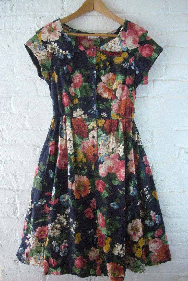 Vintage floral garden party dress