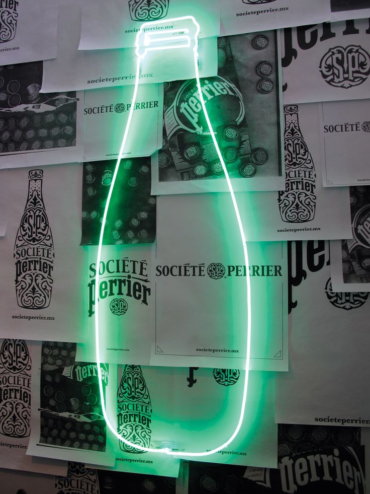 """The sparkling water pioneers, in an initiative to reach global markets on a local level, invited us to create designs and creative concepts for different media outputs, such as art fairs, promotional material, social networks and packaging."""