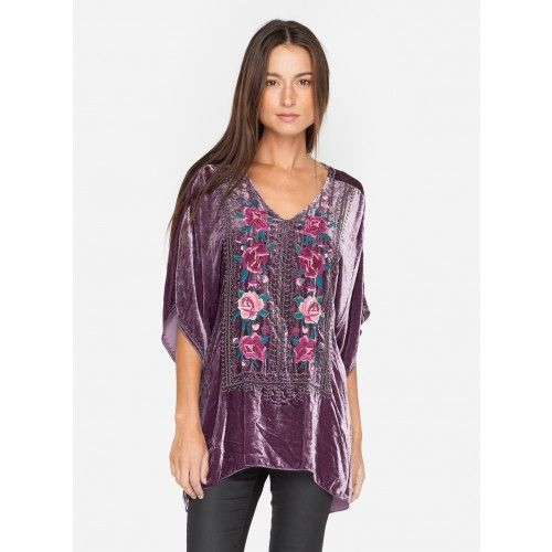 Tilda Velvet V-Neck Poncho The JWLA TILDA V-NECK PONCHO is one of our favorite boho brilliant pieces for fall. The perfect combination of style with it's soft velvet fabric and custom embroidery that is teamed up wonderfully with the relaxed silhouette of a poncho. Great for chic outdoor evenings or as a cosy cover-up on cooler days.  —100% Velvet —V neck —Signature Embroidery —Care Instructions: Dry clean suggested