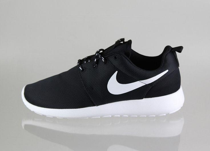 nike roshe run black roshesale.com #cheap #Nike #Roshe #Runs