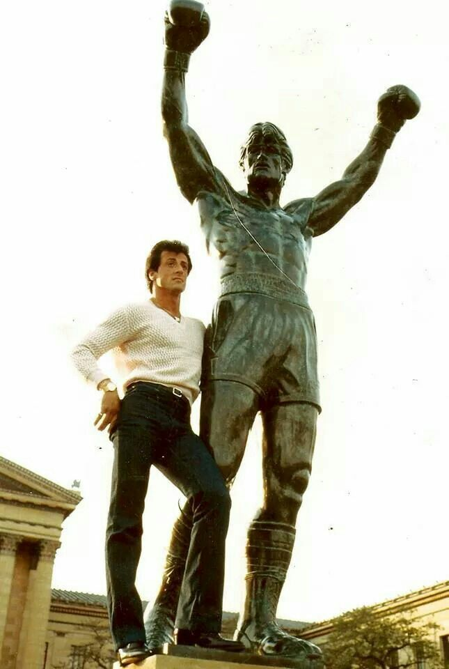 Sly with THE STATUE!
