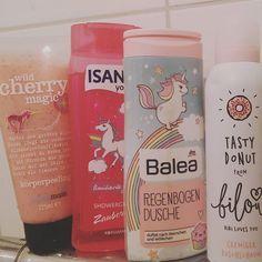 Meine DuschLieblinge. ❤ #unicorn #einhornliebe #einhornpower #dm #shampoo #pflegeprodukte #hype #bilou❤ #balea #isana #treaclemoon #magical #nichtohnemeineinhorn #verrücktdanach #duftetnachsternchenundwölkchen #duftetsogut #rossmann http://www.bdcost.com/shower+gels