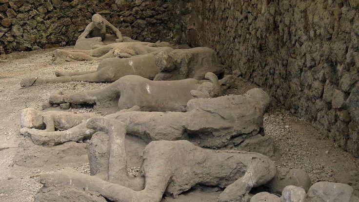 Pompeii Volcano Eruption | Historical Pompei