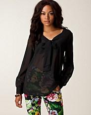 Carole Bow Blouse - Rut m.fl. - Svart - Blusar & skjortor - Kläder - NELLY.COM Mode online på nätet $199