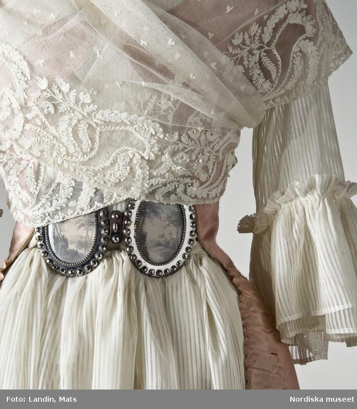 Detail of lace fichu, sleeve and belt buckle of Robe a la turque, ca. 1789; Nordiska museet, NMA.0052362 Digitalt Museum