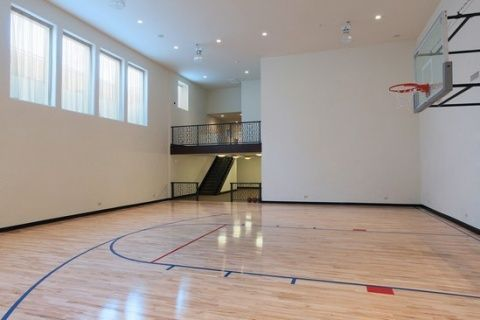 88 best images about luxury homes 39 special features on for Built in basketball court