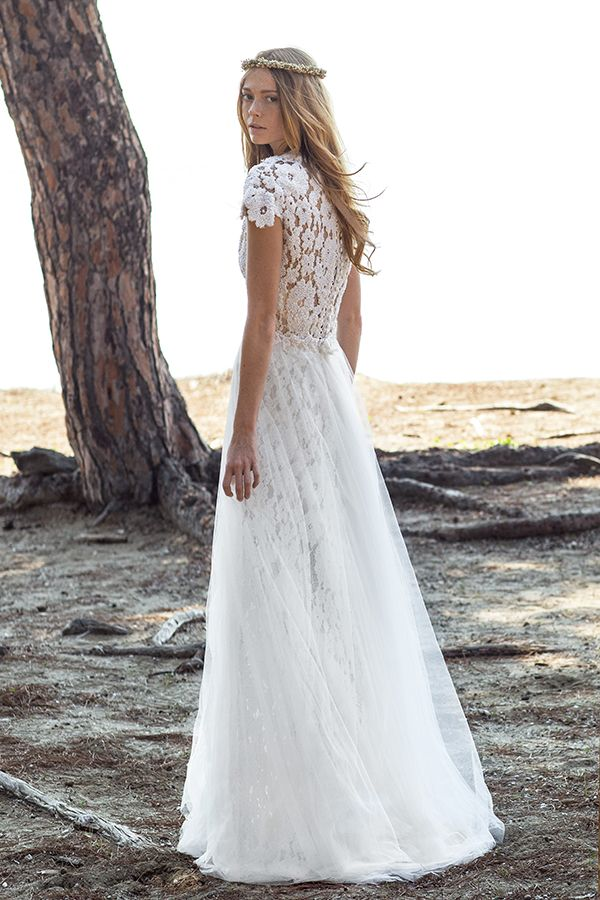 Romantic wedding gown with lace cap sleeves. Christos Costarellos wedding dresses | 2016 Bridal Collection - Love4Wed
