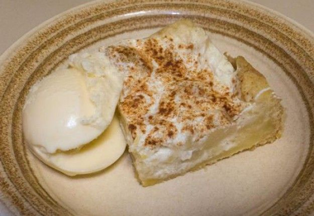 Apple slice - Real Recipes from Mums