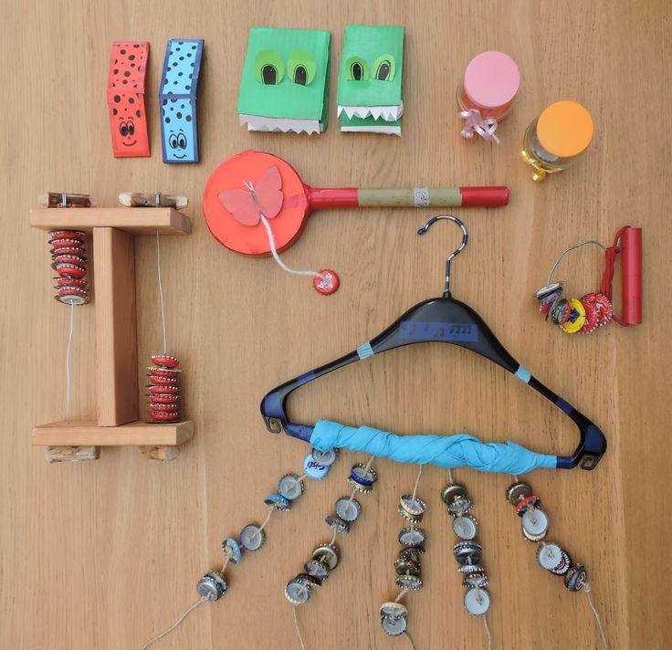 DIY homemade musical instruments - Zelfgemaakte muziekinstrumenten op : https://jufwendyinwording.wordpress.com/2016/01/08/mijn-muziekinstrumenten/
