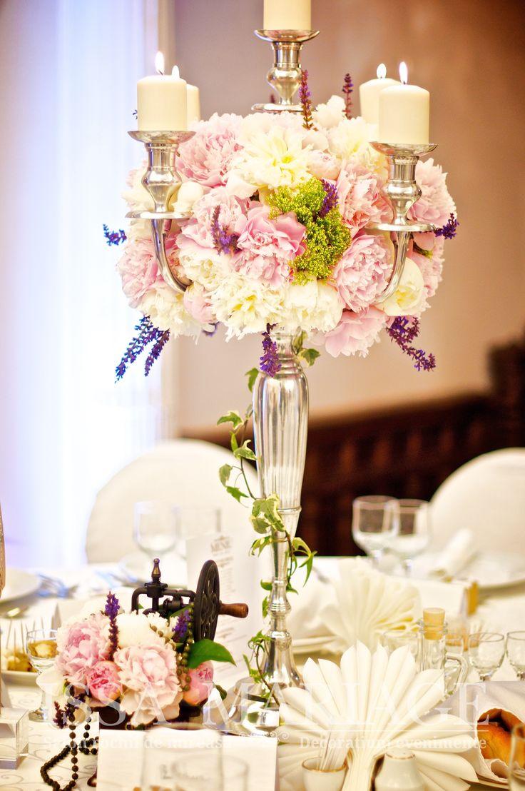 Sfesnic inox cu aranjament floral