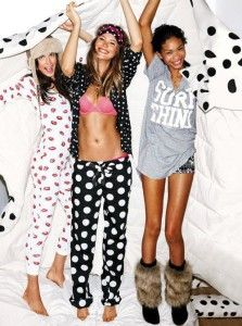 Perfect outfit for lazy Sunday by Victoria's Secret.