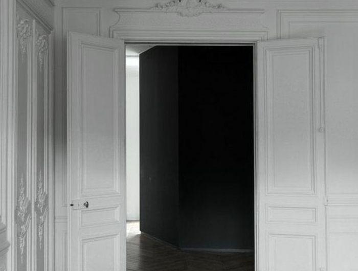 les 25 meilleures id es de la cat gorie moulure plafond sur pinterest d cor de plafond. Black Bedroom Furniture Sets. Home Design Ideas