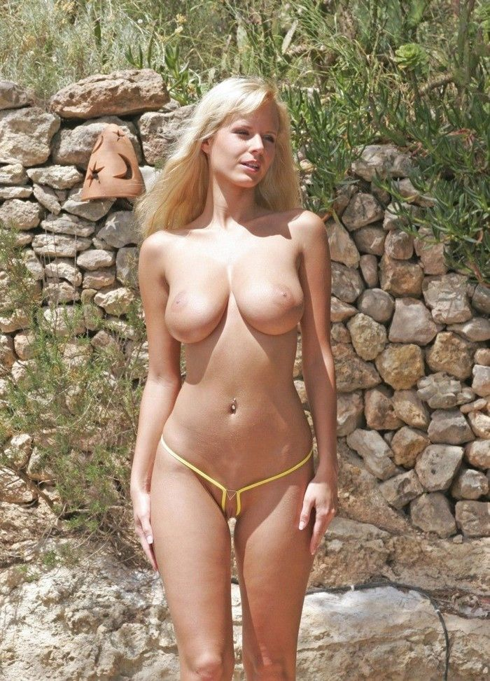 Amazing naked women