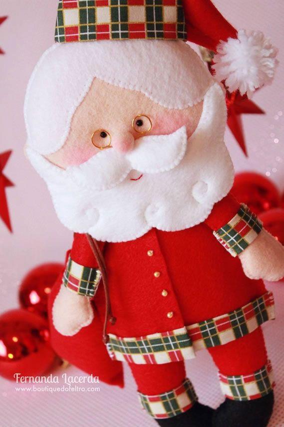 Moldes do Papai Noel de feltro com passo grátis! - Baixe agora este lindo Papai Noel feito pela artesã Fernanda Lacerda especialista em feltro. Entre!