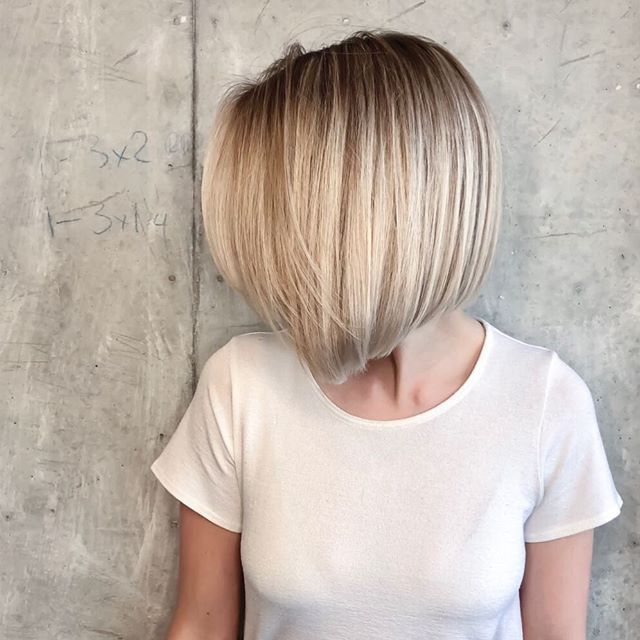 Blonde bobs never go out of style| @hairbyjanett  our new talent is killing it !! . . . . .  #blondehairs #blondehair #iceyblonde #torontosalon #toronthair #blondewand #newandnow #modernsalon #besthairstylist #hairstylist #haircolorist #hairtrends #haircolorideas #bestbalayage #hairoftheday #torontobeauty #blondewand #torontophoto #torontolife #torontostyle  #bobhair  #bobhaircut  #graduated #aline  #bobhairstyle #bobhairstyles #alinebob #precision #tdot  @Creativeheadmag @behindthechair…