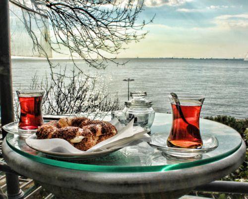 <3 Turkish tea time