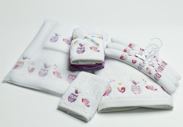 'Owl & Bird' Kids towel range includes face washer, bath towel and coat hangers! From Pilbeam.com