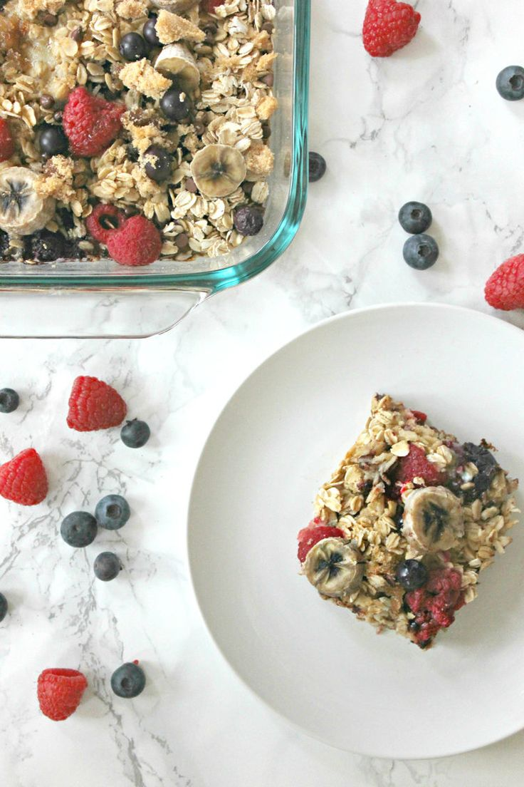 1. Baked Oatmeal Casserole Recipe #baked #breakfast #casserole http://greatist.com/eat/make-ahead-oatmeal-bakes
